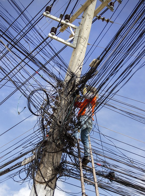 electrical-cable-mess.jpg
